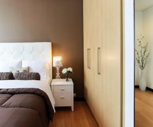 Jak wybrać idealne meble do sypialni po przeprowadzce?